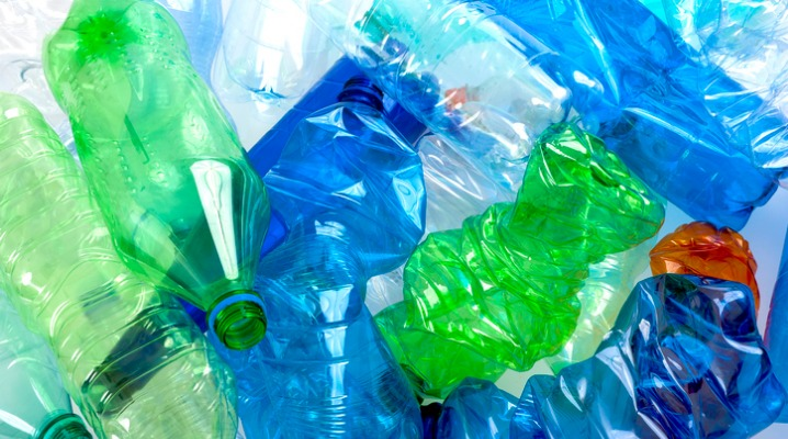 plastic-bottles-picture-id499466307