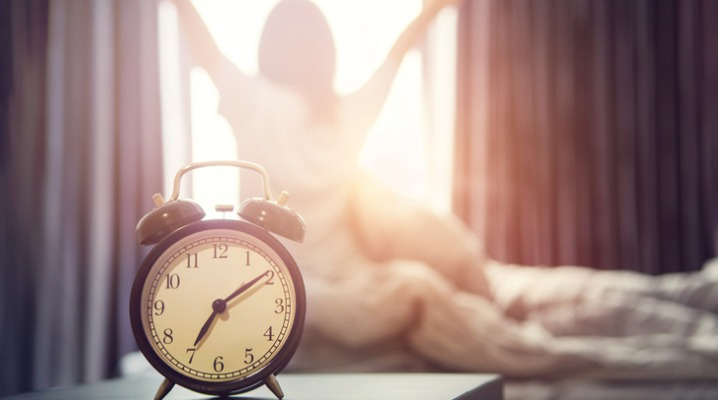 As the Nights Get Longer, Use These Tips to Wake Up Before the Sun